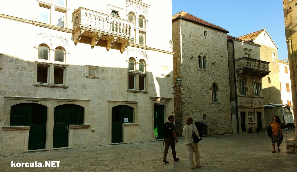 Exploring all main Old Town sights - Korcula Walking Tours