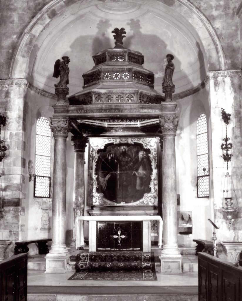Altar and Ciborium at St Marks Cathedral before restoration